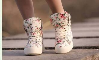 shoes sneakers floral flowers basket platform shoes roses white green coulorful corail nikeshoes tranning high tops