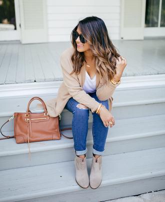 hauteofftherack blogger leggings shoes jacket bag ankle boots handbag beige coat beige cardigan cardigan