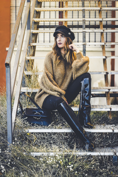shoes and basics blogger sweater jeans bag shoes winter outfits oversized sweater boots fisherman cap shoulder bag
