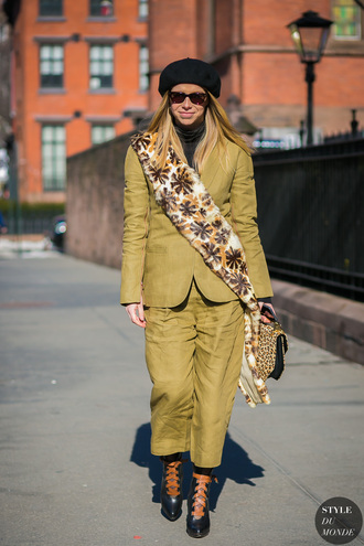 scarf tumblr streetstyle fur scarf mustard pants cropped pants matching set blazer beret shoes high heels