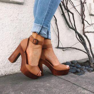 shoes brown tan chunky heel chunky sole denim festival 70s style gojane