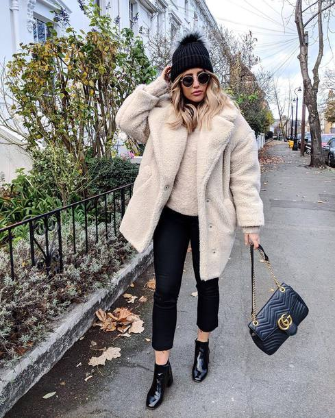 coat tumblr white coat oversized oversized coat teddy bear coat fuzzy coat pants black pants cropped pants boots black boots ankle boots beanie pom pom beanie black beanie