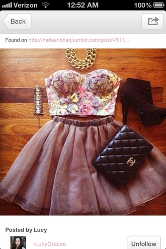 skirt skater skirt floral bustier gold beautiful party jewelry light pink classy chanel jewels gold chain gold necklace necklace