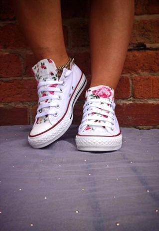 cdac0385a475 Customised Floral Tongue Converse
