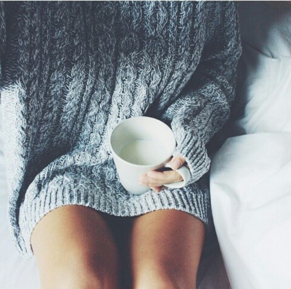 girl clothes sweater weheartit legs cuddle sweater weather winter/autumn cozy mug gray cozy sweater oversized sweater thick fall outfits fall outfits grey sweater grey pullover tumblr sweater knitwear fall outfits comfysweater pullover autum warm sweater