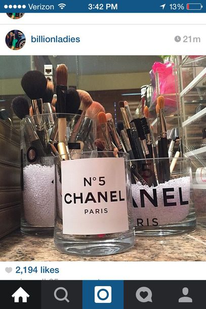 home accessory chanel make-up makeup table makeup holders makeup organizers makeup brushes