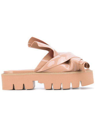 women sandals nude shoes
