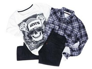 printed white t-shirt black t-shirt