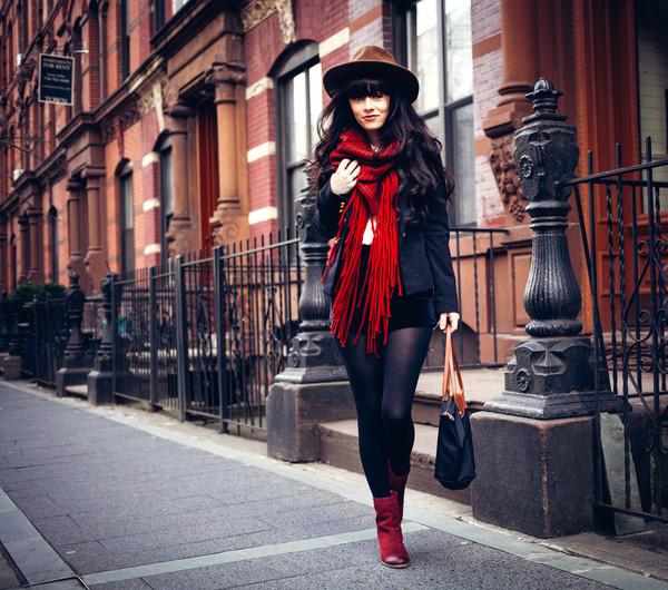 jag lever scarf shoes bag jacket