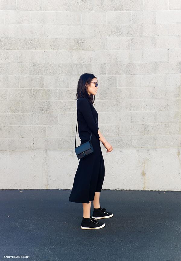 9b9a28ec82b andy heart blogger sunglasses bag sweater skirt shoes.