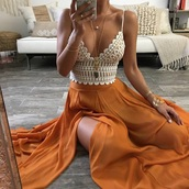 skirt,orange skirt,need entire outfit top and bottom,top
