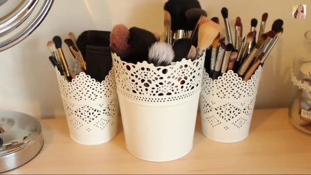 home accessory pot white where you can put your brushes inin makeup brushes home decor