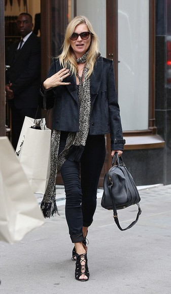 kate moss jacket scarf leopard print fashion week 2014 streetstyle
