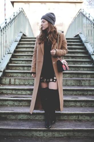 elodie in paris blogger coat dress shoes bag beanie beige coat shoulder bag mini skirt