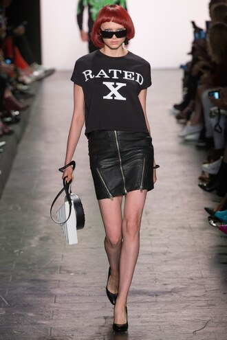 skirt zipped skirt zip top runway ny fashion week 2016 model jeremy scott mini skirt all black everything