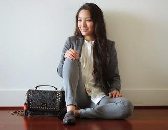 sensible stylista blogger blouse grey jeans snake print blazer scarf jacket shoes bag