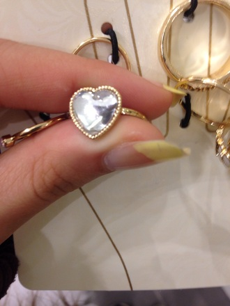 jewels heart ring clear gold