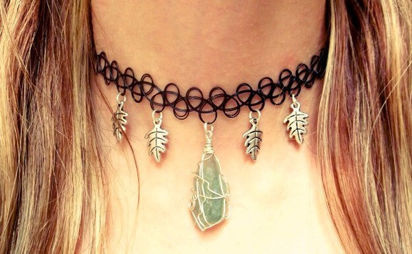 jewels choker necklace vintage boho chic bohemian tattoo oak leaves nature gemstone fluorite green grunge hippie