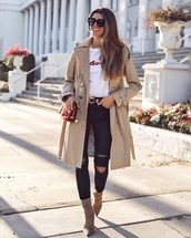 shoes,boots,plaid,ankle boots,coat,ripped jeans,jeans,trench coat,camel coat,t-shirt