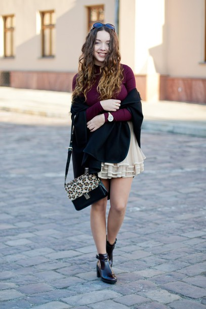kolorowa dusza blogger tulle skirt burgundy sweater leopard print ruffle cut out ankle boots top skirt bag jewels shoes