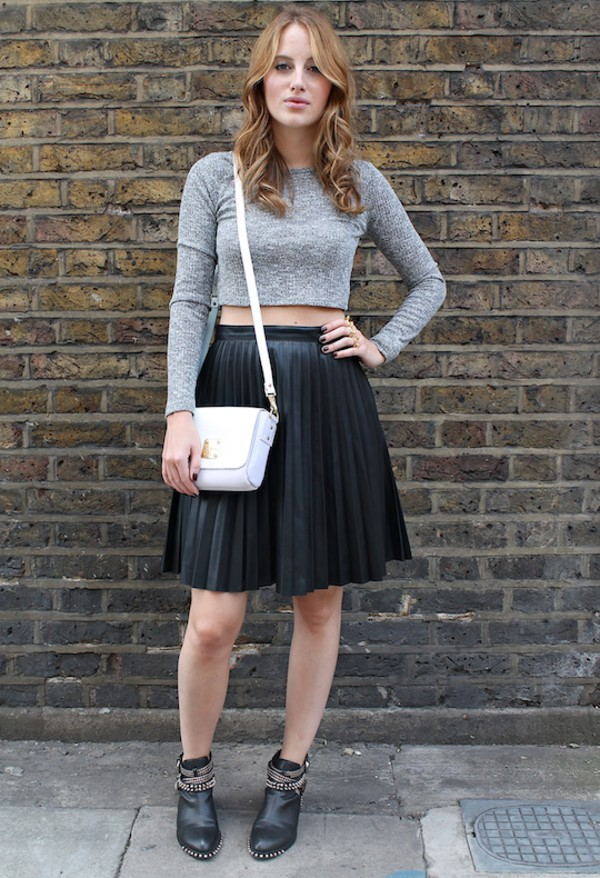 at fashion forte blogger top jewels bag skirt shoes