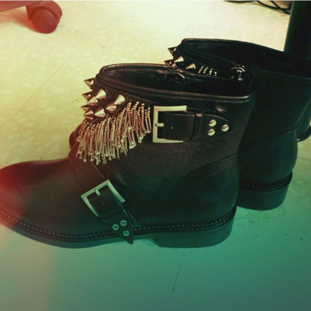 shoes black tassel boots