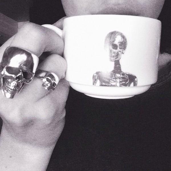 jewels ring skelet skeleton head bag skull mug