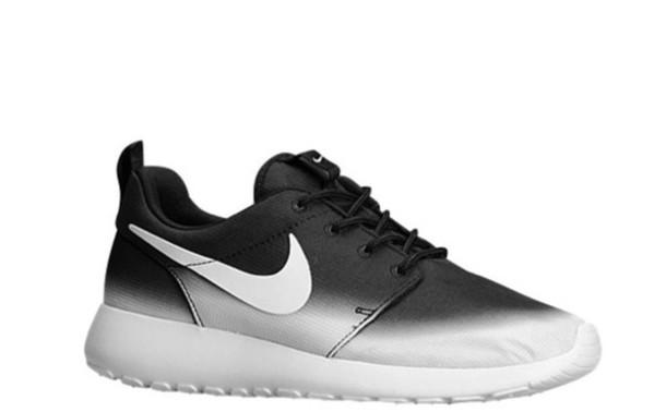 shoes nike roshe run nike nike sneakers black and white