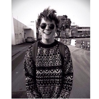 sweater vintage round sunglasses black sweatshirt pullover sunglasses aztec sweater aztec crewneck classic white black and white old school hippie hipster tumblr christmas sweater soft grunge grunge freespirit menswear hipster menswear indie