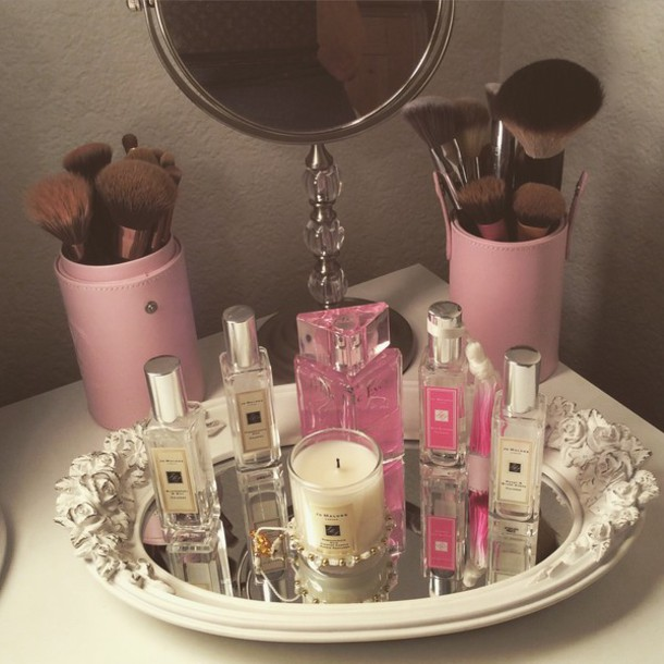 make-up pretty in pink home accessory jewels