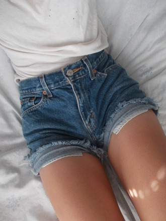 shorts jeans demim denim high waisted shorts cuffed shorts white tank top cotton sexy tanned girl nycfashion front pockets high waisted white top blue pockets frayed cute summer denim shorts 90s style blue shorts mini buttons legs ripped shorts destroyed denim
