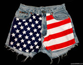 shorts,american,american flag,flag,usa,usa shorts,american flag shorts,High waisted shorts,high waisted flag shorts,high rise,stars,stripes,stars and stripes,red and white,red,white,blue,patriotic,july 4th,cute,denim