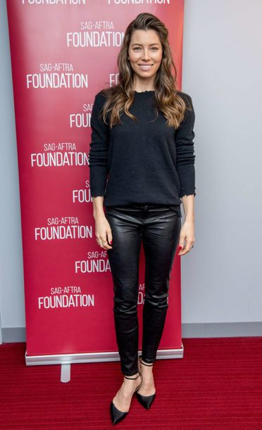 pants sweatshirt sweater jessica biel pumps fall outfits all black everything