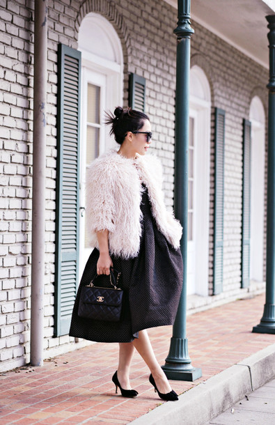 hallie daily blogger bag sunglasses midi dress fuzzy coat winter outfits coat dress shoes