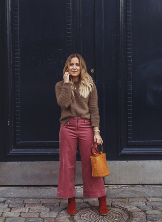 sweater tumblr brown sweater knit knitwear knitted sweater corduroy pants wide-leg pants cropped pants boots red boots bag