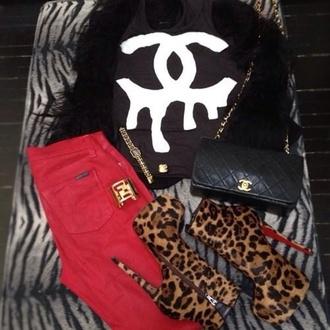 shoes jeans t-shirt bag skreened animal print high heels fashion chanel