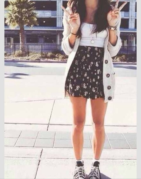 1xjo4a-l-610x610-sweater-floral-knitted-white-converse-hipster-boho-jewelry-grunge-cute-sweaters-tumblr+clothes-clothes-tumblr+style-tumblr+outfit-dresses.jpg