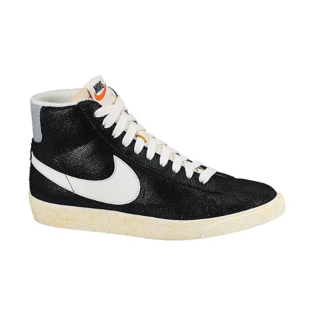 Nike blazer hi suede vintage black white