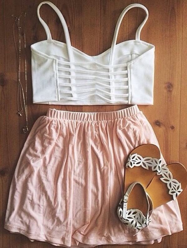 shoes white shoes floral shoes cute shoes cut-out top crop tops sandals skirt jewels white crop tops cage bralette cut out top tank top shirt cute white straps summer pink pink skirt pretty spring spring outfits summer outfits girly nice shorts crop tops