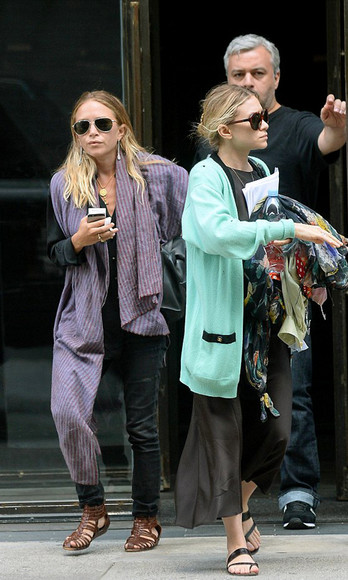 olsen sisters jewels sunglasses jeans shoes top leggings cardigan