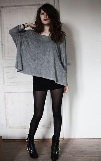 t-shirt gris grey grunge women girl black skirt