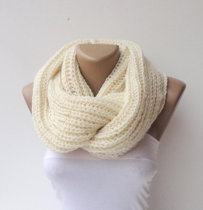 2014 scarf trends ,infinity scarves, women scarf ,crocheted scarf ,men ,circle scarf / fashion scarf / knit / knitting senoAccessory