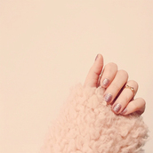 keiko lynn,blogger,nail polish,coat,jewels