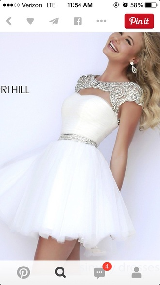 dress white dress white short dress elegant prom dress sherri hill prom love gold dress hat earphones white graduation dress daimonds sherry hill homecoming glitter white lace sparkle rhinestones chiffon chiffon skirt skater skirt skater dress white dress from sherri hill graduation dresses graduation dress homecoming dress party dress