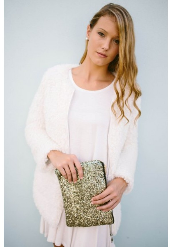 Ashley- Our Ashley faux fur cardigan is perfect for cool fall mornin