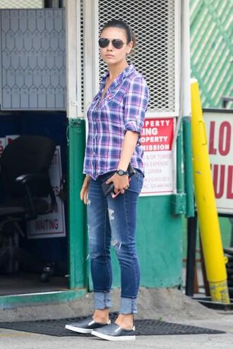 shirt denim jeans mila kunis flats