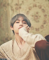 shirt,sweater,pullover,jumper,pearl,chic,winter outfits,spring,fall outfits,taehyung,bts,beige,beautiful,elegant,korean style,kstyle,K-pop,beige sweater,long sleeves,bts taehyung beige vest koorea   kpop