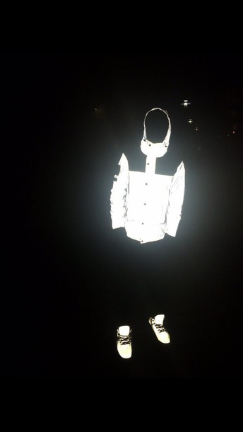 shoes black nike glow in the dark