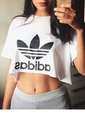 top,crop tops,cute top,adidas,adidas shirt,adidas crop top,white,black,black crop top,black top,white crop tops,white top,print