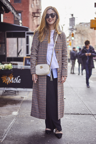 coat nyfw 2017 fashion week 2017 fashion week streetstyle printed coat printed long coat long coat pants black pants wide-leg pants top white top bag white bag gucci gucci bag sunglasses shoes